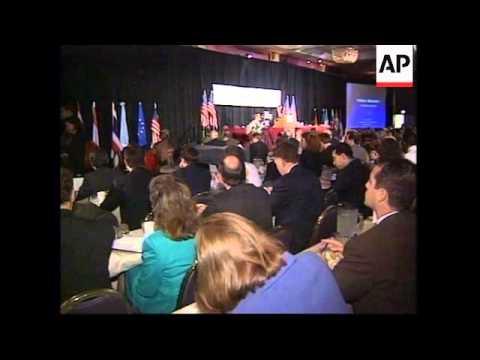 USA: WASHINGTON: EU PRESIDENT JACQUES SANTER VISIT