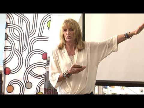 RECAP  2017 - Women Investing in Women - Maureen Curetom
