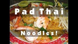 PAD THAI - Food Cooking Tutorial - Bangkok, Thailand