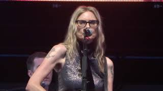 "Aimee Mann ""You Never Loved Me"" clip - Chicago, IL 7-30-2018"