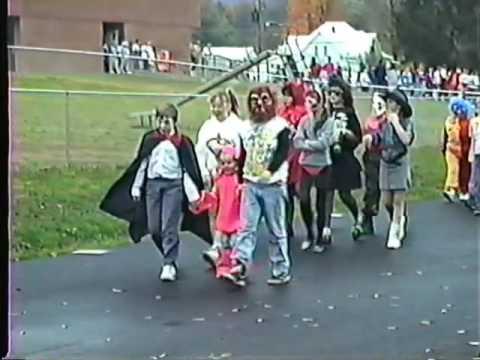 1989 Halloween Parade at Unicoi Elementary School .. Unicoi, Tennessee