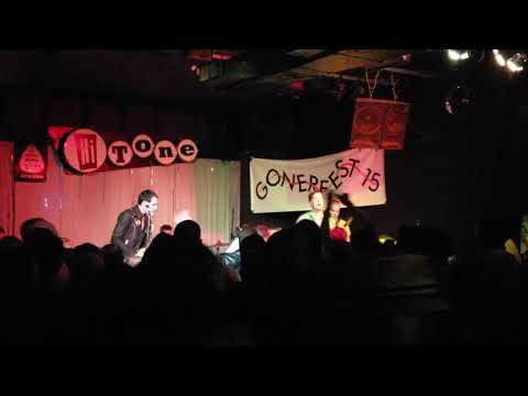 """Carbonas - """"Phone Booth/Journey To The End"""" @ Gonerfest15 Mp3"""