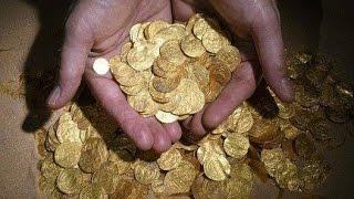 Поиск кладов,коп монет у бабки на огороде.Search coins search treasure(Поиск кладов,коп монет у бабки на огороде.Ни кто до сих пор не знает,нашли этот клад у бабки или нет.Весной..., 2016-12-26T20:14:53.000Z)
