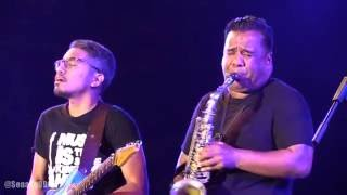 Glenn Fredly - Kala Cinta Menggoda ~ Happy Sunday ~ Terserah @ Prambanan Jazz 2016 [HD]