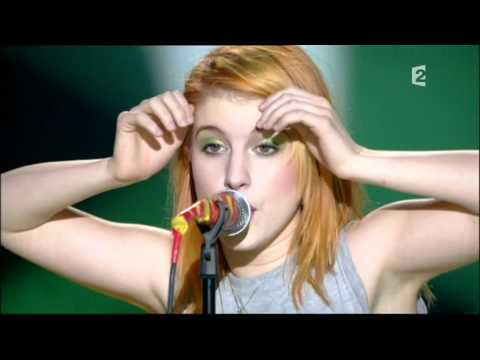 Paramore Ignorance (Live)