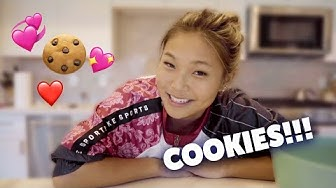 Making Cookies And Talking About Life! | Chloe Kim