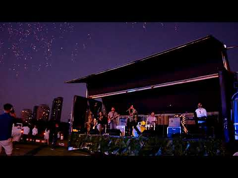 Chocolate Factory - Yellow LIVE at Fila Polo Club  (Coldplay cover)