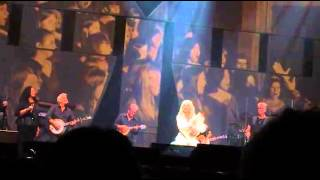 Dolly Parton - My Mountains, My Tennessee Mountain Home, Coat of Many Colors  Sydney (18/02/2014)