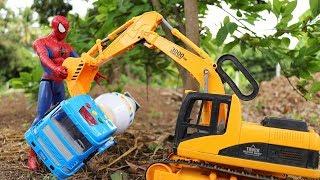 สไปเดอร์แมนช่วยเหลือรถก่อสร้าง