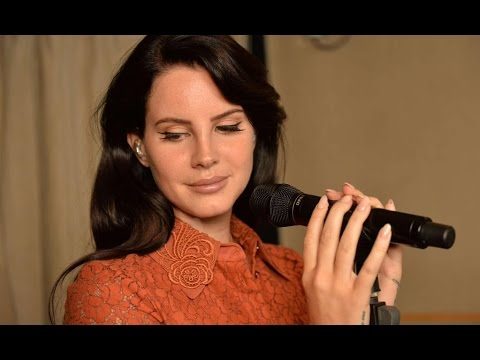 Lana Del Rey - Interview + Live Session On BBC Radio 1 (2015)