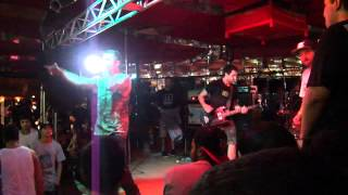 Clearview - Wishing you Hell / Left Alone @ Verdurada SP