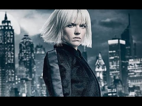 Gotham's Erin Richards Sees Her Characters Original Appearances