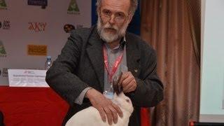 Милош Супука - Главный эксперт Словакии. Оценка кроликов по европейским стандартам