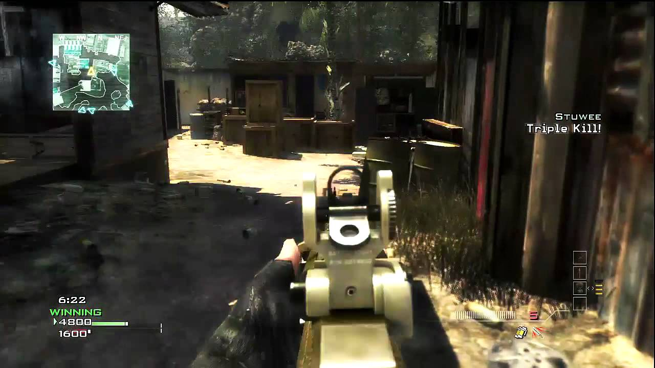 MW3 | Kid Pees in Bottle during Class - YouTube