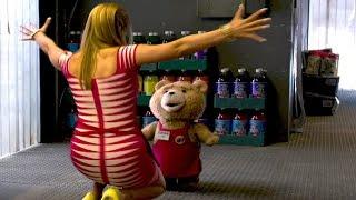 """""""Je veux qu'on fasse un bébé"""" TED 2 Extrait VF"""