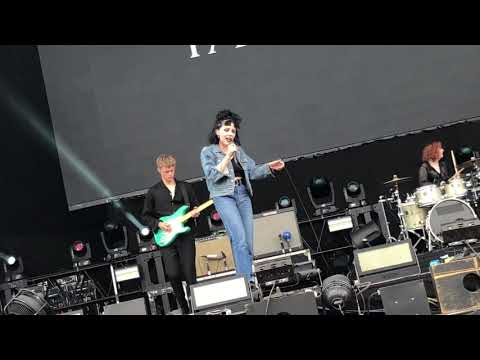 "Pale Waves ""Television Romance"" at SUMMER SONIC 2018 Osaka (2018.08.19)"