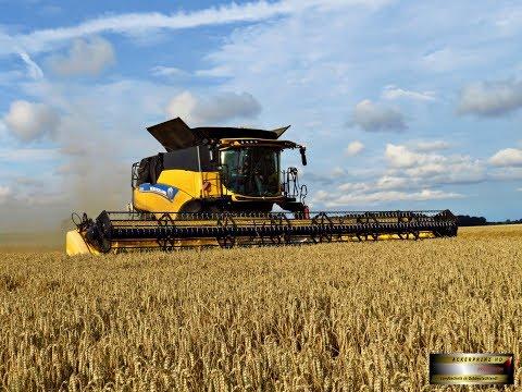 New Holland CR 10.90 - World's biggest combine - 2017 - 4K!