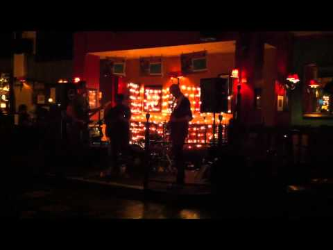 Live music from London pub