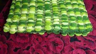 Вяжем из помпонной пряжи.Плед, вязанный спицами.Pom Pom wool knitting