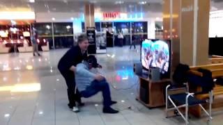 3D очки в торговом центре