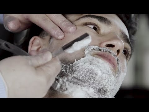British Barbers -  Signature Shave ( Straight Edge Razor )
