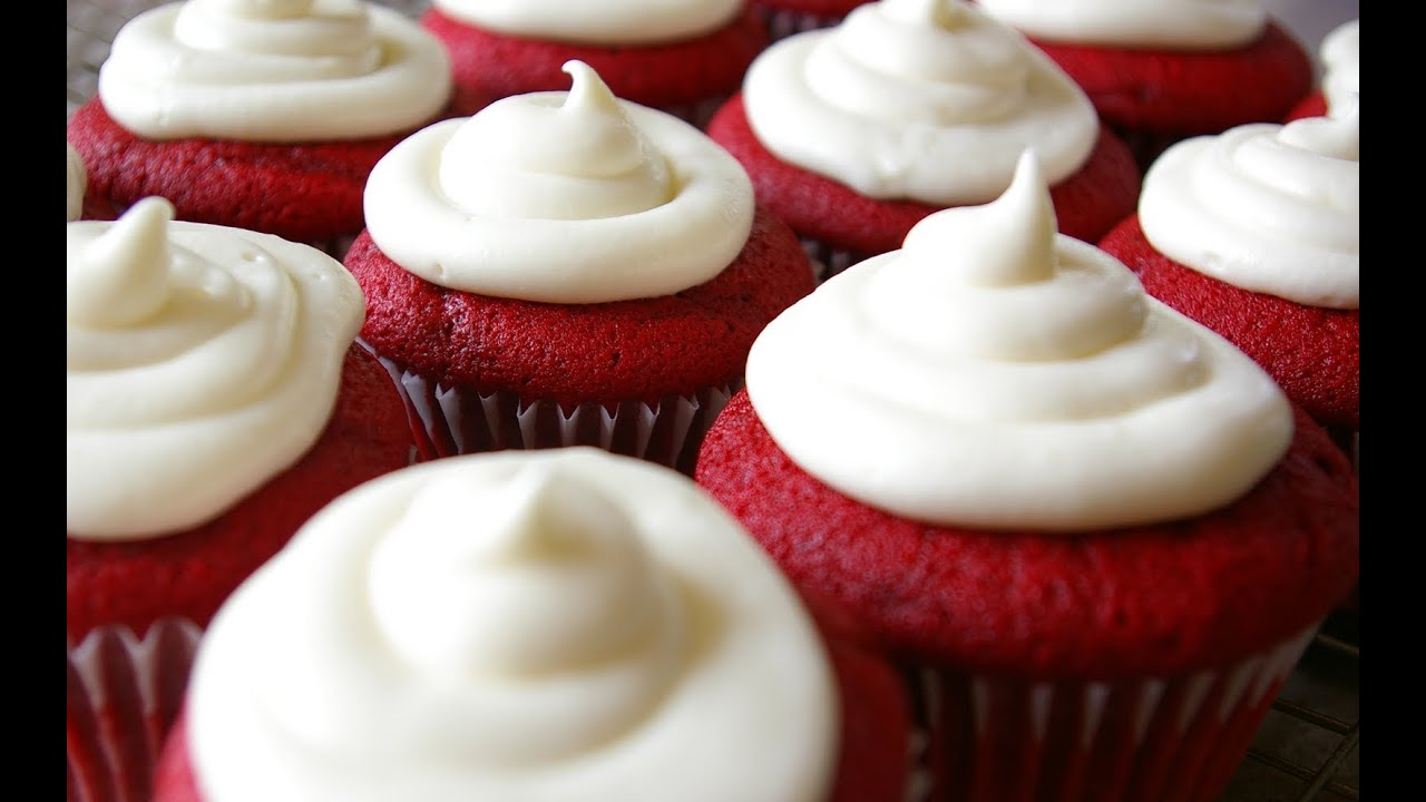 How to Make Red Velvet Cupcakes w/Cream Cheese Frosting ...
