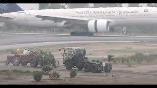 Emirates Boeing 777 take off Peshawar to Dubai HD