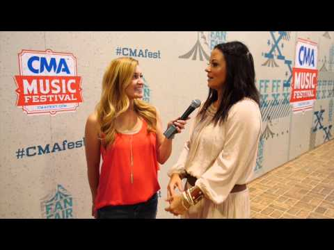 Sara Evans // CMA Music Festival Interview // One Country