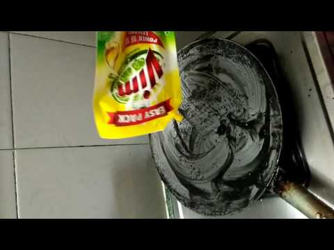 Iron Pan Cleaning || Iron Chapathi Pan Cleaning with Lemon ||