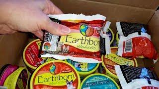 Earthborn Holistic Cat Food - Unboxing & Reviews (Part 1)