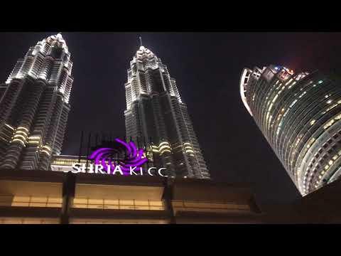 SURIA KLCC in Malaysia (lighting show)