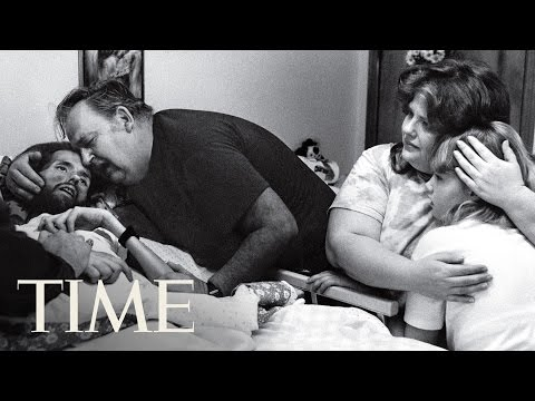The Face Of AIDS: The Story Behind Therese Frare's Photo | 100 Photos | TIME