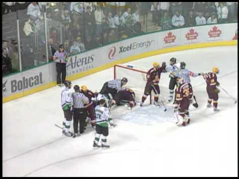 Minnesota Gophers vs UND Fighting Sioux scrum 1/9/09