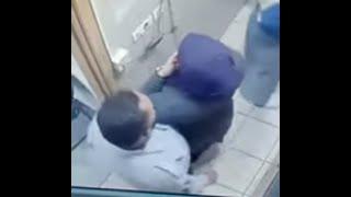 #موظف امن يتحرش بعاملة البوفيه تحت كاميرات المراقبة اشتركوا في القناة 🔔