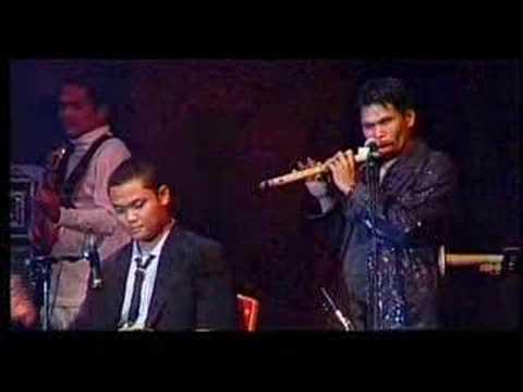 Mengkel Na Ma Ahu - Viky Sianipar Feat Tongam Sirait Live