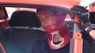 Астраханские спасатели изобразили ДТП на тренажере