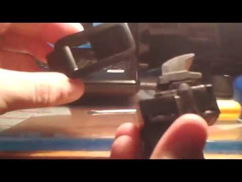 Как снять кнопку заднего стеклоподъёмника на Volkswagen Polo Sedan