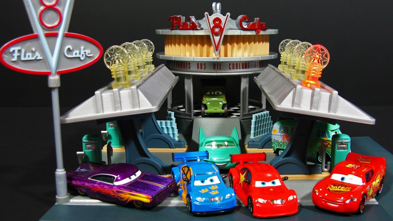 Cars 2 Flo S V8 Cafe Playset Radiator Springs Classic Toy