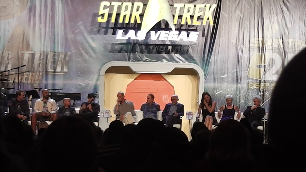 Download Deep Space 9 Far Beyond the Stars at the 2018 Star Trek Convention in Las Vegas