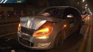 Неадекватний таксист спровокував дві аварії. В лікарню потрапила вагітна