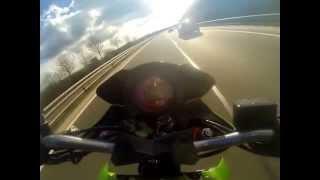 kawasaki z1000 acceleration wheeling 0-280km/h top speed vmax