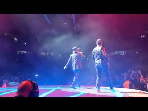 U2 - Elevation (Live In Nashville)