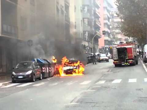 Auto in fiamme a roma zona cipro youtube for Affitto roma cipro
