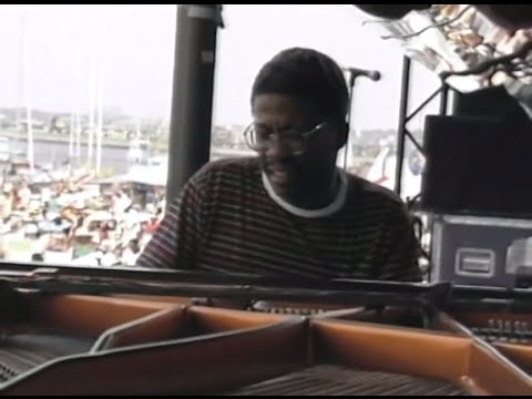 Herbie Hancock Trio - Full Concert - 08/14/88 - Newport Jazz Festival (OFFICIAL)
