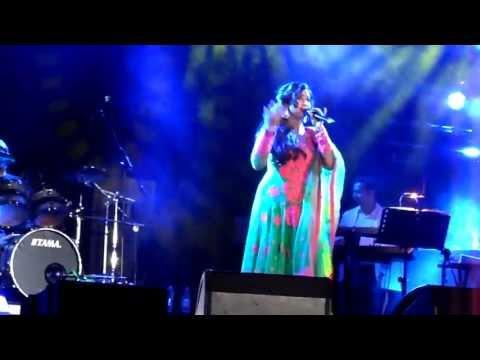 Shreya Ghoshal - Aami Je Tomar - Live@SilverDome-Zoetermeer-Holland - 4th May 2013