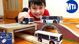Johny Opens NYC MTA Bus Toys Munipals Bus & Depots Set Toys