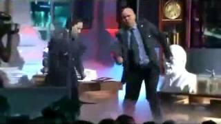 Максим Аверин и Денис Рожков танцуют
