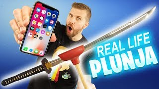 iPhone X vs REAL LIFE Plunja Fortnite