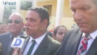 بالفيديو : محافظ شمال سيناء يتفقد عددا من المدارس