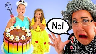 Granny Is Late To The Birthday Party | Ruby & Bonnie Pretend Play with Toy Presents